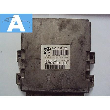 Modulo de Injeção Citroen Berlingo 1.8 Gasolina - IAW1AP20 - 9640303180