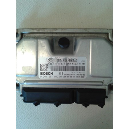 Módulo de Injeção VW Golf /New Beetle /Bora - 0261201943 - 06A906057C